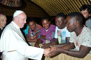 Papa: Basta naufragi migranti, comunità internazionale agisca presto