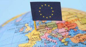Parigi e Berlino aprono ma resta lo spettro Grecia