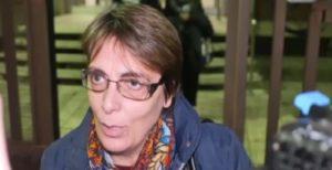 """""""L'Italia è nostra"""". """"Preferisco che l'Italia sia la sua non la tua"""". Il coraggio (solitario) di Maria Rosaria contro il razzismo"""