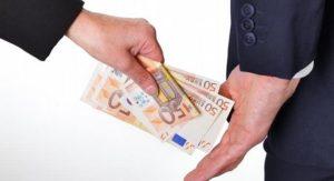 Il denaro contante favorisce le mafie e la criminalità comune
