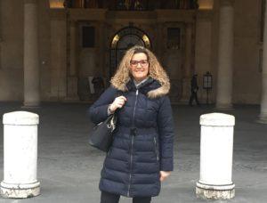 """""""Una doccia di quelle giuste"""": il post di Laura Castagna nella bufera"""