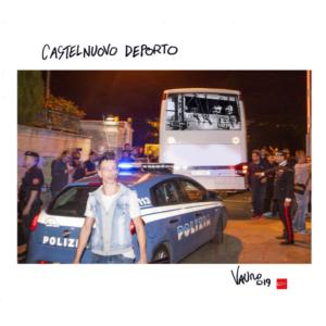 Vauro e Left censurati da Fb per la vignetta che denuncia la deportazione dei rifugiati di Castelnuovo di Porto