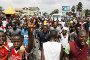 Omaggio a Gbagbo, eroe dell'Africa moderna – Corte Penale Internazionale, Istituzione razzista?