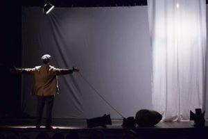 L'Eden immaginario degli Stati Uniti. 'Ellis Island' al Teatro della Tosse di Genova
