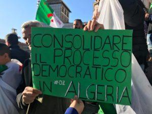 Algeria. Tanti i giovani in piazza per chiedere più democrazia