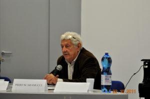 Addio a Piero Scaramucci, fondatore di Radio Popolare, voce libera e appassionata