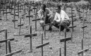 La poetessa Skylar ricorda il genocidio dei Tutsi in Ruanda