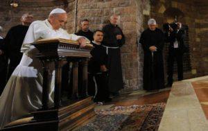 Economy of Francesco, il Papa invita i giovani ad Assisi per marzo 2020. Un'altra economia è possibile, attenta ai deboli e all'ambiente
