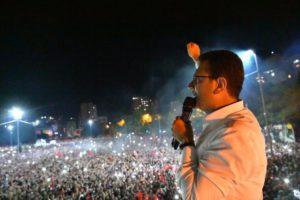 Turchia, nuovo schiaffo a Erdogan. Vittoria bis a Istanbul per Ekrem Imamoglu