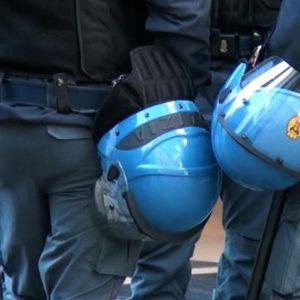 Non è più accettabile assistere ad aggressioni brutali di agenti nei confronti di chi non riesce a scappare
