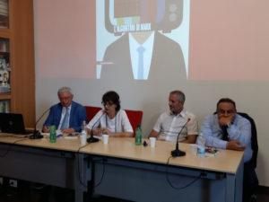 """Quale comunicazione a sinistra? Presentato """"Rosso digitale. L'argoritmo di Marx"""" di Vincenzo Vita, edito da Manifestolibri"""