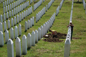 Srebrenica: disumanizzare l'altro. Intervento di Dunja Mijatović*