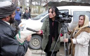 Afghanistan, i talebani minacciano i giornalisti