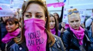 """""""Non sia mai Pillon"""", manifestazioni a Roma e Milano"""