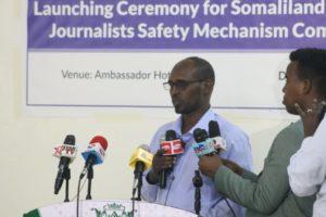 Somaliland, chiusi un portale e una tv, arrestato un giornalista