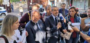 """Il testimone di Alpi e Hrovatin è """"sulle nostre spalle"""". Il sit-in per ribadire #NoiNonArchiviamo"""