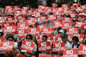 "Hong Kong grida nelle urne: ""Attenta Pechino!"""