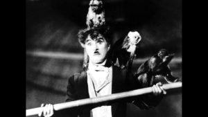 """Novant'anni fa usciva sugli schermi """"Il circo""""di Charlie Chaplin, il film che incantò Federico Fellini"""