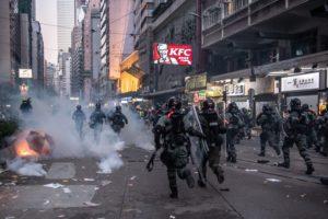 Dal Cile al Libano, senza dimenticare Egitto e Catalogna, le rivolte popolari represse con la violenza