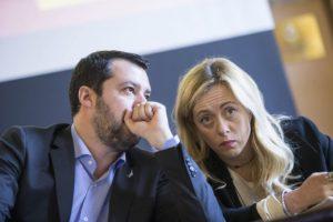 Meloni e Salvini, per amare il proprio Paese bisogna per forza essere sovranisti?