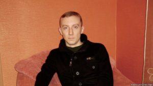 """Giornalista ucraino condannato a 15 anni dalle autorità di Donetsk per """"spionaggio"""""""