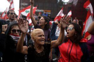 """Il ruolo delle donne nella """"rivoluzione d'ottobre"""" in Libano"""
