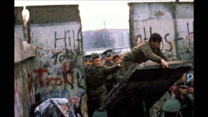 10.000 lettere contro i muri. Riflessioni in occasione del 30° anniversario della caduta del Muro di Berlino