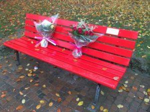 A Fabriano una panchina rossa contro la violenza di genere