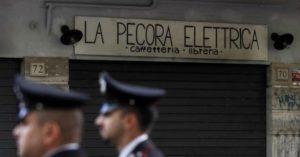 Altro incendio alla Pecora Elettrica, la caffetteria antifascista di Roma. Atto assurdo. Ma risorgerà