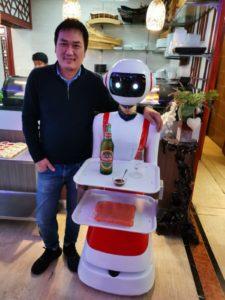 Se al ristorante a servirti è Caterina, robot dagli occhi a mandorla
