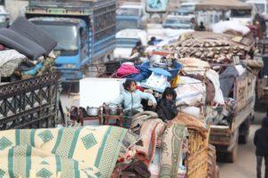 In 40 mila in fuga da Idlib e dall'ultimo massacro siriano