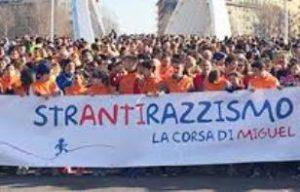 Domenica a Roma corsa di Miguel e StrAntirazzismo. Sport e diritti si danno la mano, in strada e a scuola