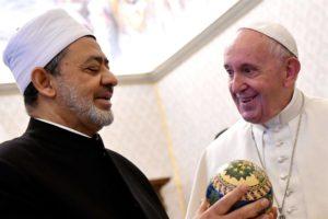 La fratellanza di Francesco e Al Tayyeb, unica alternativa culturale ai terrorismi