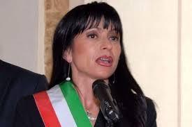 """""""Mi auguro che la Carta di Assisi possa diventare un manifesto anche per la politica"""". Intervista al sindaco di Assisi Stefania Proietti"""