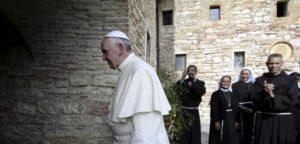 Papa Francesco ad Assisi il 3 ottobre per firmare enciclica