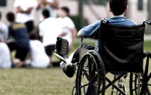 Assistenza scolastica ai bambini disabili: un fallimento a 5 stelle