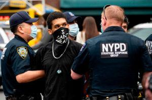 Basta alla violenza della polizia USA verso giornalisti. L'appello delle maggiori associazioni per la libertà di stampa