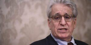 Tortura e dintorni, il germe autoritario aleggia nelle democrazie. Intervista a Luigi Manconi dopo i casi di Torino e Piacenza
