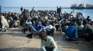 """Migranti uccisi in Libia:. Msf: """"Gli hanno sparato mentre scappavano per evitare la detenzione arbitraria. Avevano tra i 15 e i 18 anni"""""""