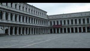 """Venezia 2020. """"Molecole"""" di Andrea Segre sul lockdown: coraggio è venire a patti con l'imponderabile"""