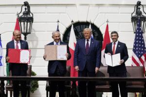 Palestinesi, un popolo 'di troppo'.La pace di Trump li decapita, è il prolungamento della guerra con altri mezzi