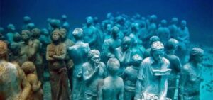 #3OTTOBRE Nel mare dell'indifferenza annega, assieme ai profughi, quel che resta della nostra umanità