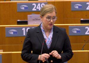 """Libertà dei media, il Parlamento Ue: """"No a tentativi di soppressione di critica e pluralismo"""""""