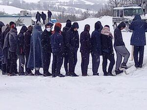 Migranti, l'infermo di ghiaccio di Lipa e le responsabilità dell'Europa