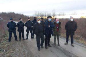 Migranti nei Balcani, delegazione di eurodeputati bloccata da polizia croata