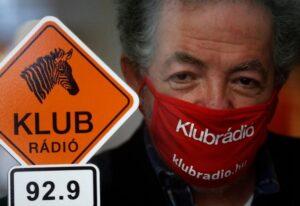 """Chiusura Klubradio, la Ue scrive al governo ungherese: """"Rispettare i diritti fondamentali"""""""