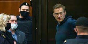 Navalny condannato a 2 anni e 5 mesi, il popolo russo pronto alla protesta