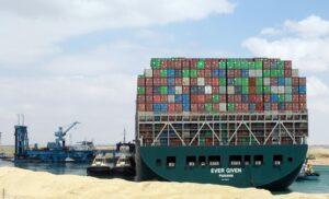 Ever Given. Il blocco del canale di Suez strozza l'economia mondiale