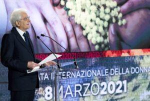8 marzo, Mattarella: «Rispetto per le donne innanzitutto sul piano del linguaggio»