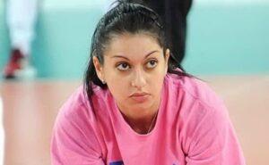 """Se giochi a volley non puoi restare incinta. La storia """"medioevale"""" di Lara Lugli e del suo stipendio da mille euro"""